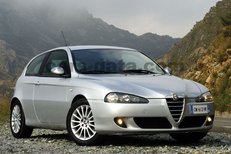 alfa romeo 147 1 6 t spark 16v distinctive manual 2005 2007 105 cv 3 puertas. Black Bedroom Furniture Sets. Home Design Ideas