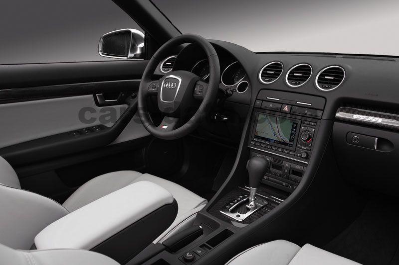 https://www.cars-data.com/pictures/audi/audi-a4-cabriolet_143_10.jpg