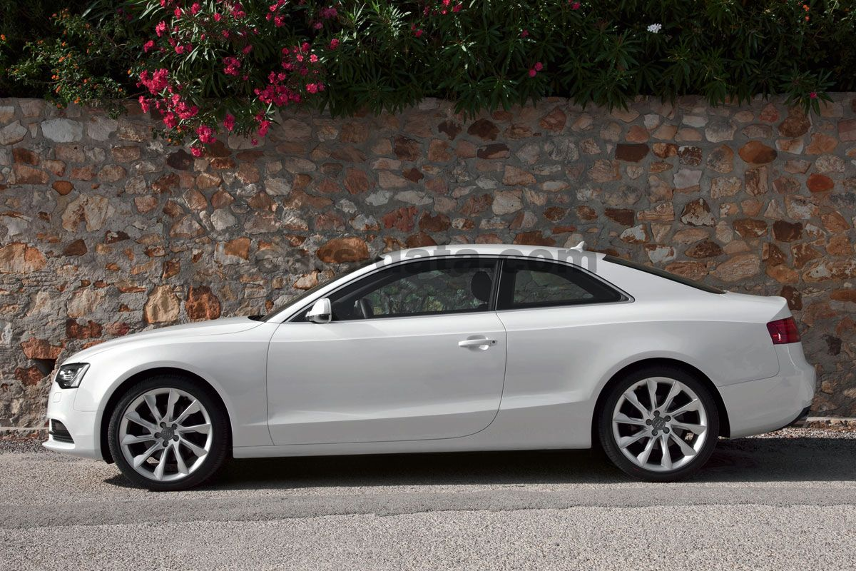 audi a5 coupe 2011 slike fotografije audi a5 coupe 2011 audi a5 coupe 2011 slike 9 od 20. Black Bedroom Furniture Sets. Home Design Ideas