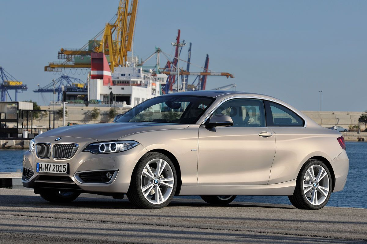 bmw 2 serie coupe 2014 pictures bmw 2 serie coupe 2014 images 7 of 36. Black Bedroom Furniture Sets. Home Design Ideas