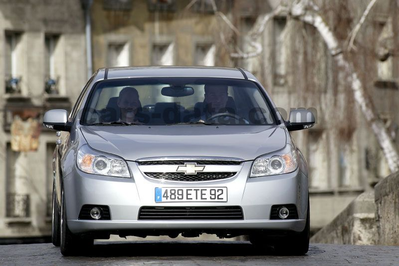 Chevrolet Epica 2006 Pictures 1 Of 10 Cars Data