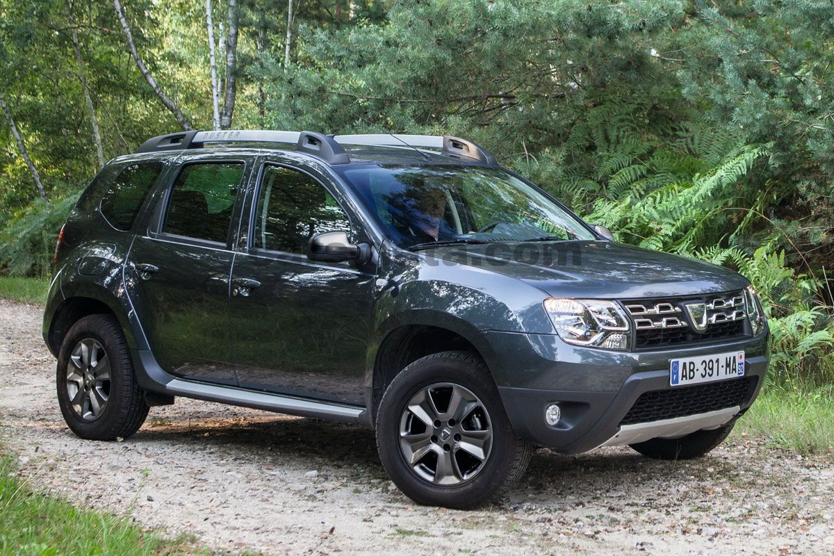 Japanese Car Brands >> Dacia Duster 2014 pictures (15 of 36) | cars-data.com