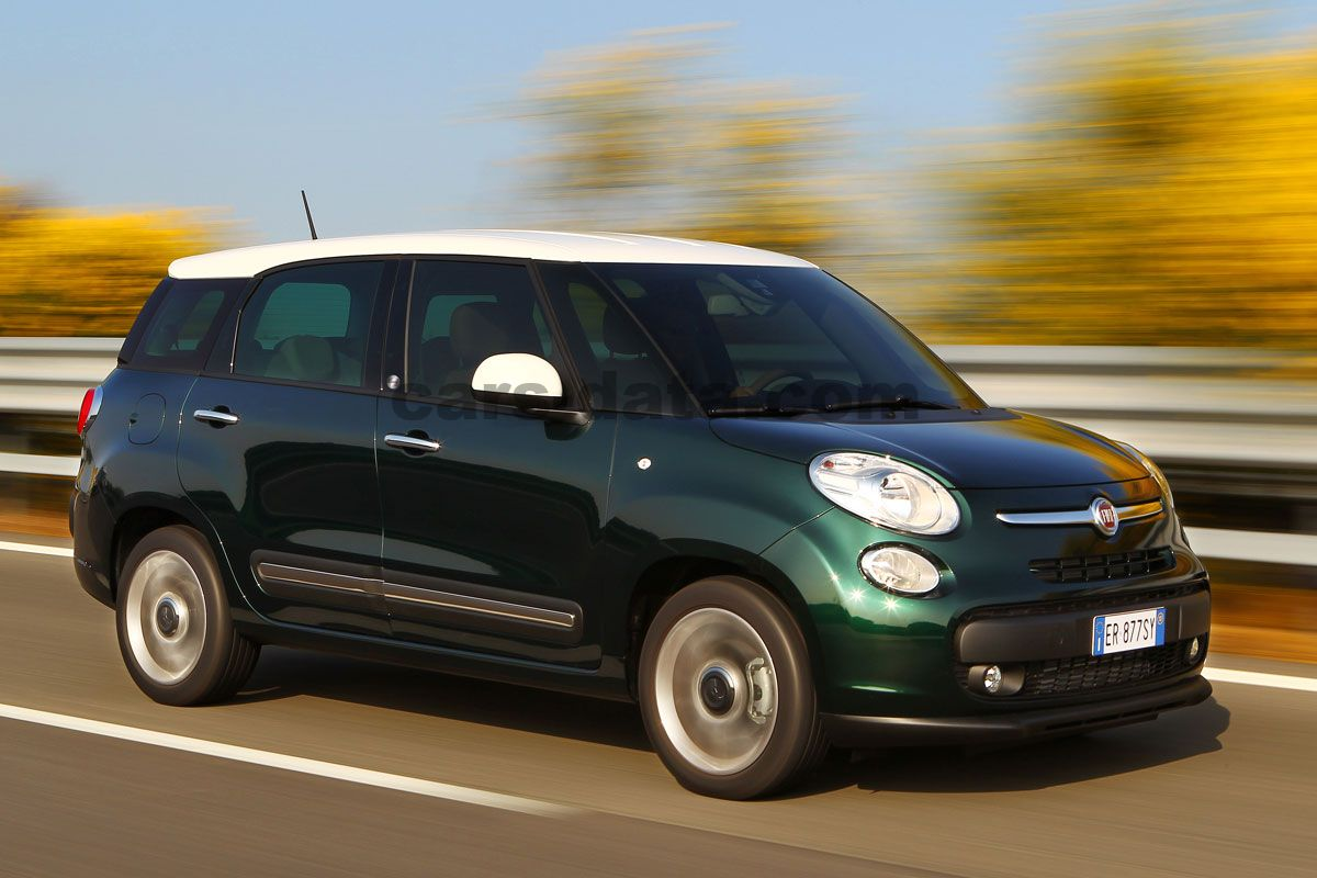 fiat 500l living 2013 bilder fiat 500l living 2013 bilder 1 av 15. Black Bedroom Furniture Sets. Home Design Ideas