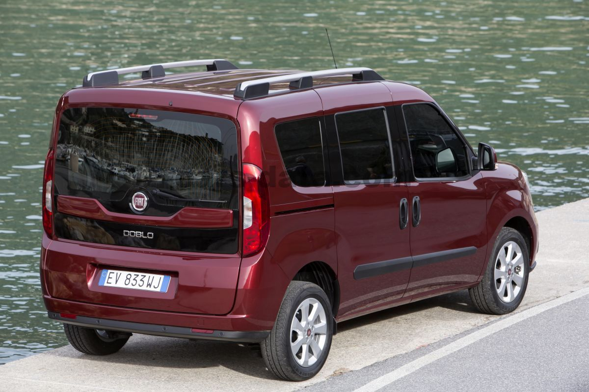 fiat doblo 2015 pictures 23 of 31 cars. Black Bedroom Furniture Sets. Home Design Ideas