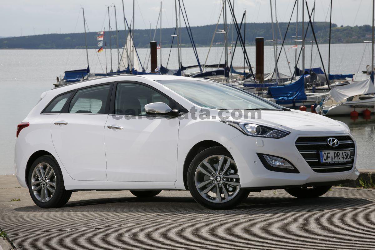 Hyundai I30 Wagon 2015 pictures (1 of 10) | cars-data.com