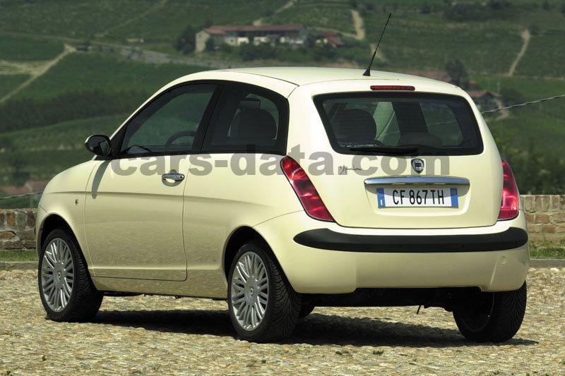 Lancia Ypsilon 2003 pictures (1 of 10) | cars-data.com