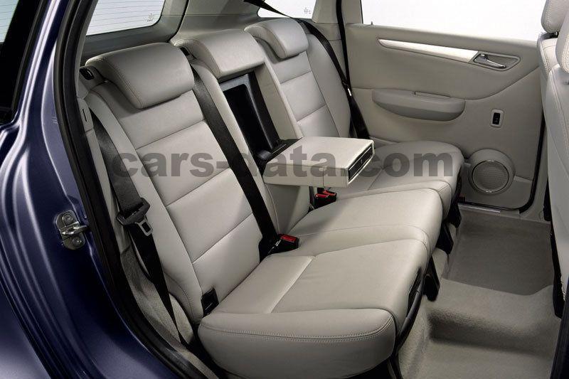 https://www.cars-data.com/pictures/mercedes/mercedes-benz-b-class_1462_12.jpg