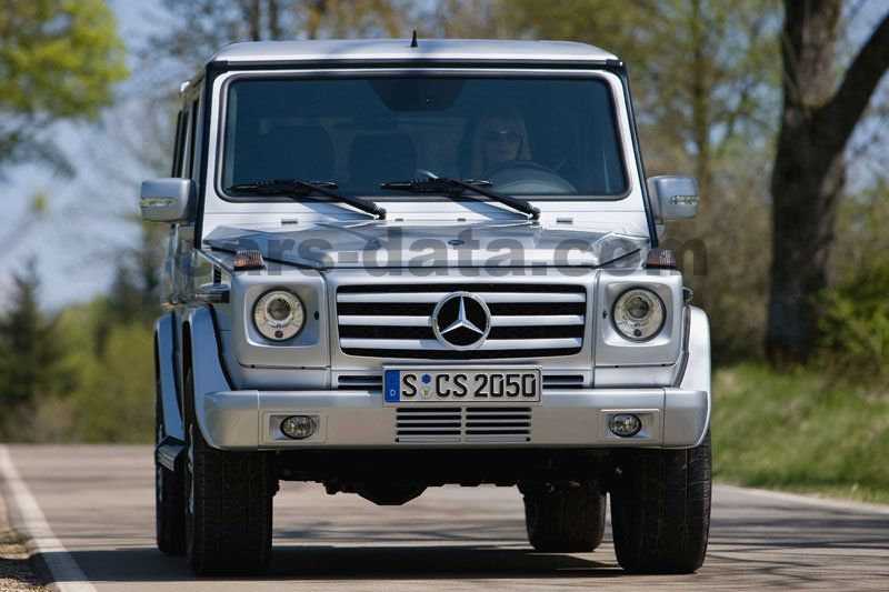 Mercedes Benz G Class Stationwagon Lang 2000 Pictures