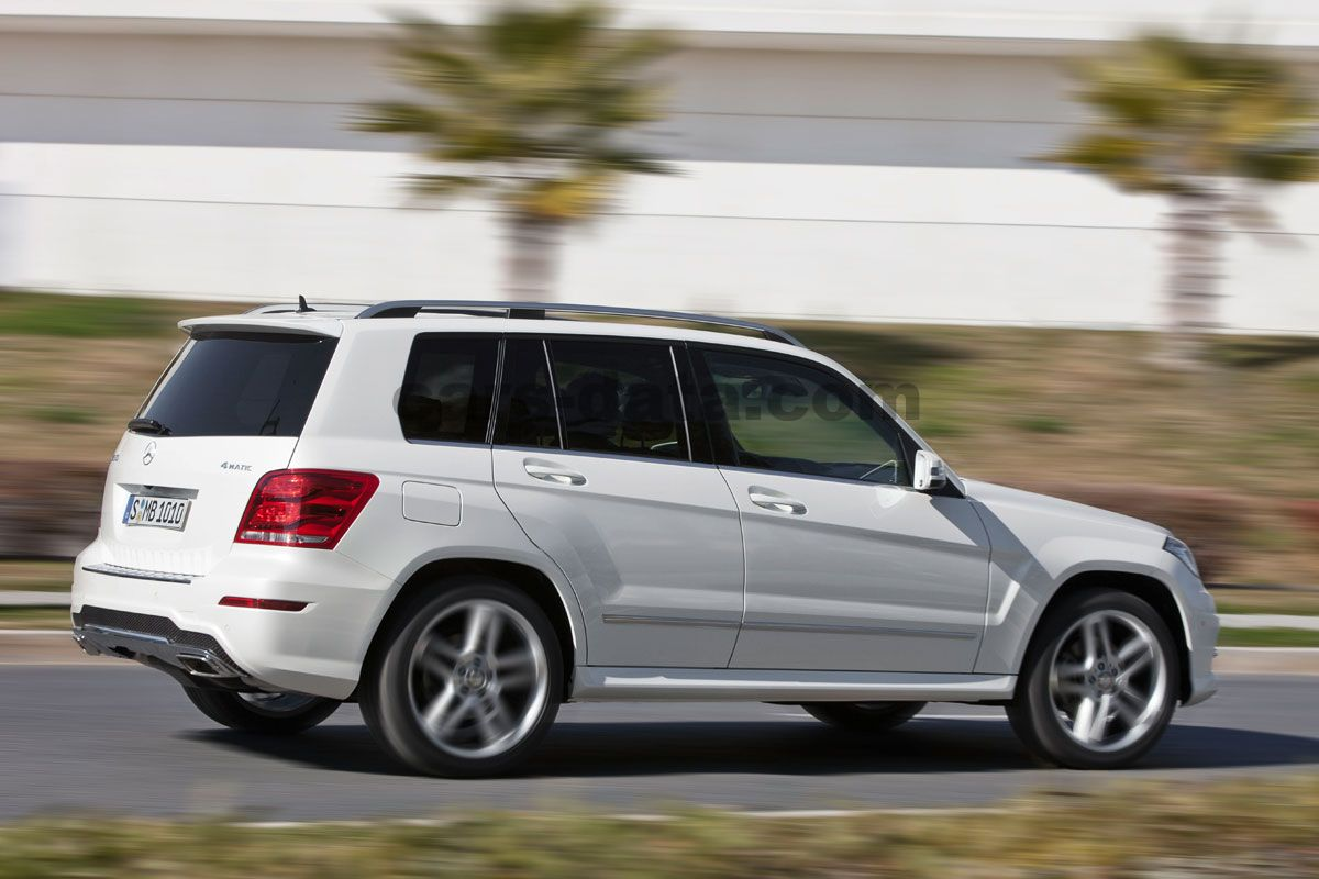 Mercedes-Benz GLK-class 2012 pictures (1 of 10) | cars-data.com