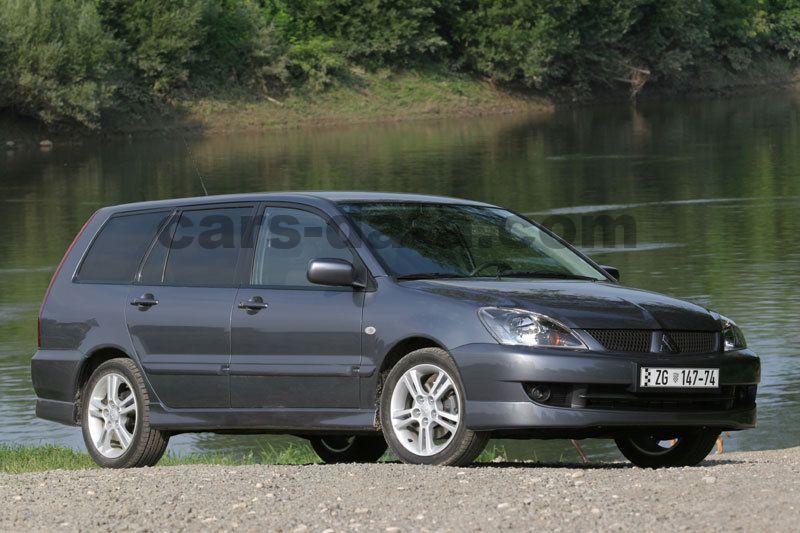 mitsubishi lancer wagon  intense manual    hp  doors technical specifications