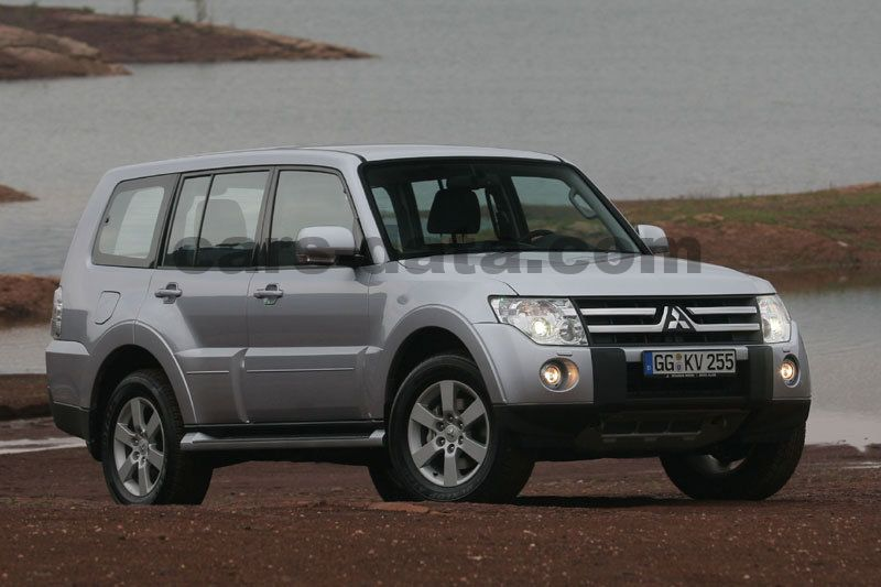 mitsubishi pajero lwb 3 2 did instyle automatic 2010 2015 200 hp 5 doors technical. Black Bedroom Furniture Sets. Home Design Ideas