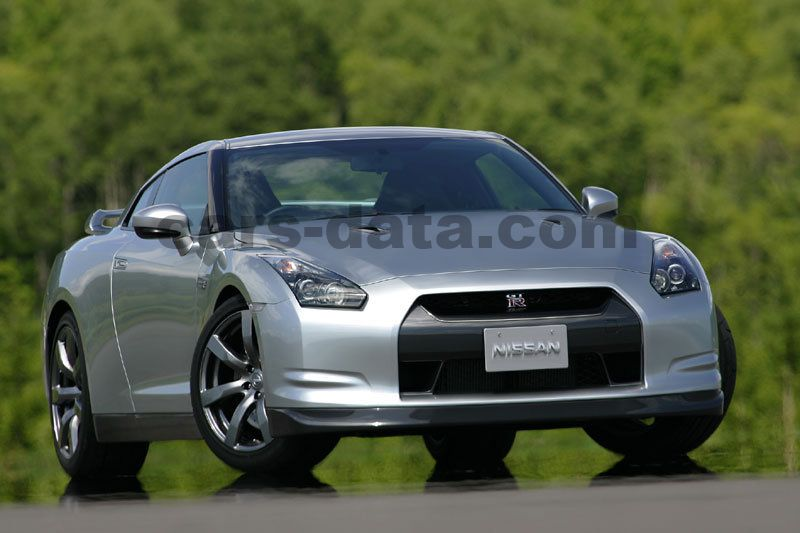 nissan gt r black edition sequential automatic 2012. Black Bedroom Furniture Sets. Home Design Ideas