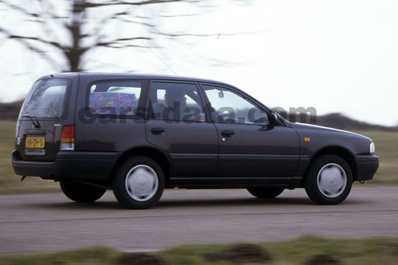 nissan sunny wagon 1991 pictures nissan sunny wagon 1991 images 7 of 9. Black Bedroom Furniture Sets. Home Design Ideas