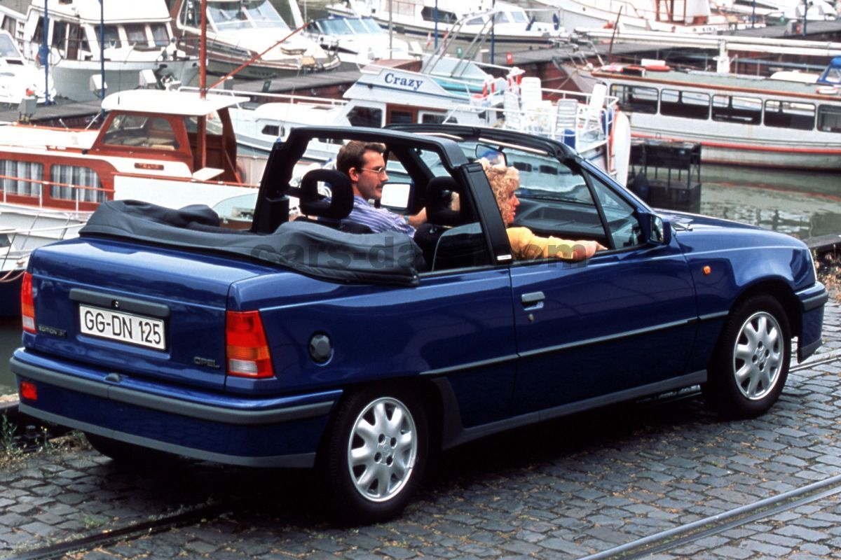 opel kadett cabrio 1988 pictures 7 of 8 cars. Black Bedroom Furniture Sets. Home Design Ideas