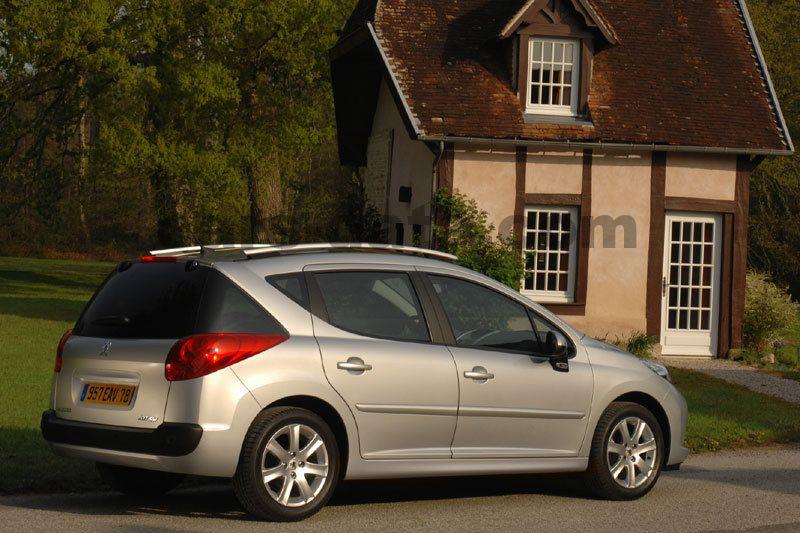 Peugeot 207 SW Fotos