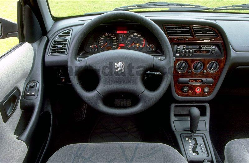 Peugeot 306 1999 images peugeot 306 1999 photos 4 de 4 for Interieur 306