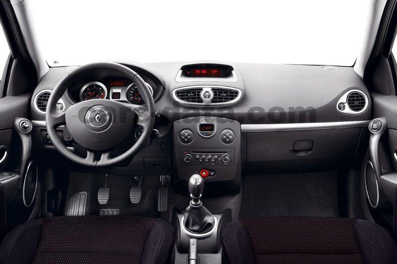 Renault Clio Estate 2008 Pictures 7 Of 17 Cars Data