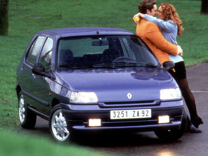 renault clio baccara 1 8 manual 1994 1996 95 hp 5 doors technical specifications. Black Bedroom Furniture Sets. Home Design Ideas