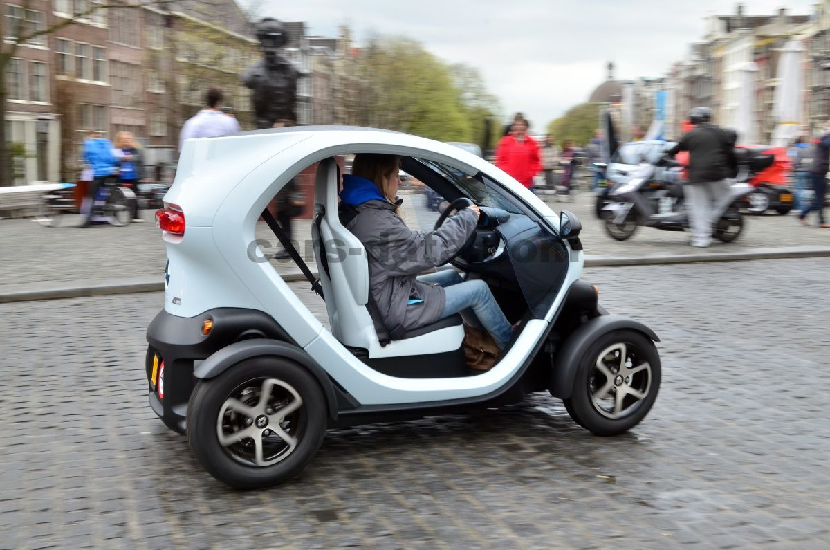 Renault Twizy 2012 Pictures 5 Of 16 Cars Data Com