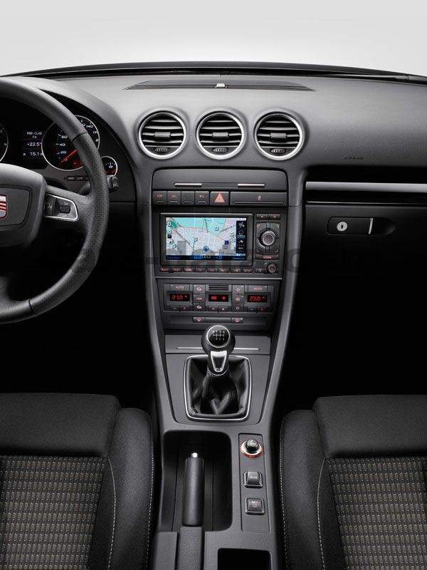 Seat Exeo St 2012 Pictures 3 Of 13 Cars Data