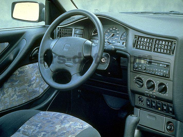 Seat Toledo 1991 pictures (1 of 10) | cars-data.com