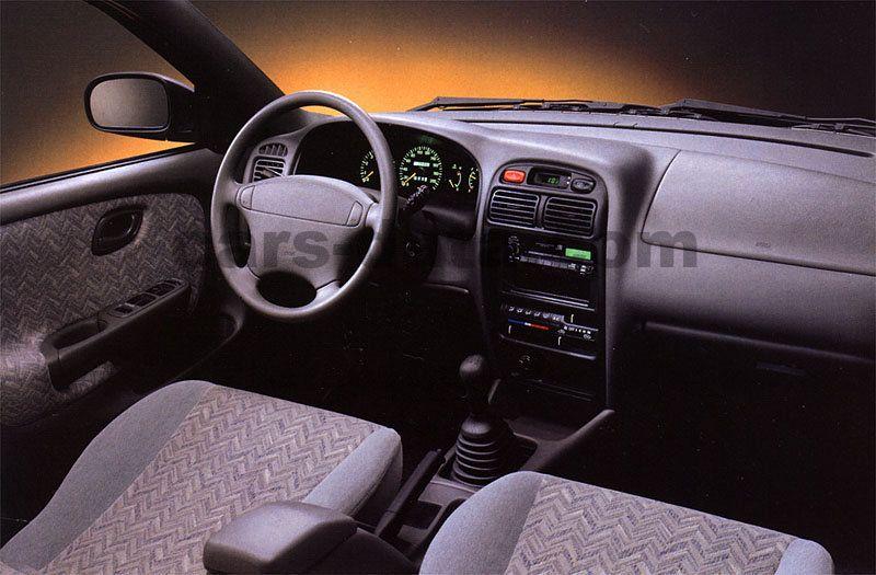 Suzuki baleno wagon 1998 pictures suzuki baleno wagon for Interieur smart 2000