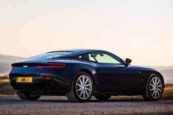 Aston Martin DB11 Coupe