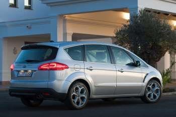 Ford S MAX 20 TDCi 140hp Lease Titanium Manual 2012