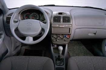 Hyundai accent 2002 manual