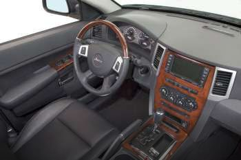 jeep grand cherokee 6 1 hemi v8 srt8 sequential automatic. Black Bedroom Furniture Sets. Home Design Ideas
