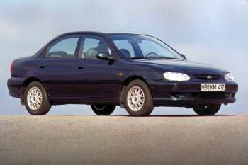 1998 Kia Sephia 4-door specs | cars-data com