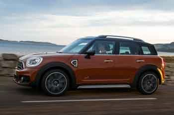 mini countryman 2017 pictures mini countryman 2017 images 12 of 55. Black Bedroom Furniture Sets. Home Design Ideas