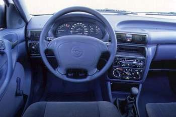 1992 opel astra 4 door specs cars data com rh cars data com