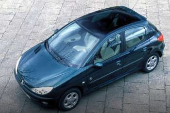 peugeot 206 roland garros 1 4 automatic 1999 2000 75 hp 5 doors technical specifications. Black Bedroom Furniture Sets. Home Design Ideas