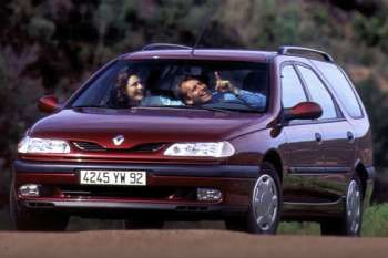 renault laguna break 1995 pictures renault laguna break 1995 images 4 of 4. Black Bedroom Furniture Sets. Home Design Ideas