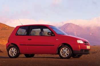 seat arosa 1 4 manual 3 door specs cars data com rh cars data com seat arosa manuel seat arosa owners manual