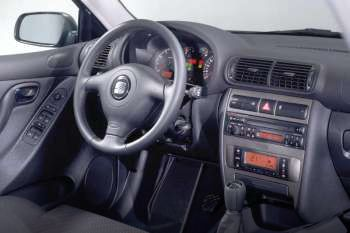 1999 seat toledo 4 door specs cars data com rh cars data com manual seat toledo 99.pdf 2003 Seat Toledo