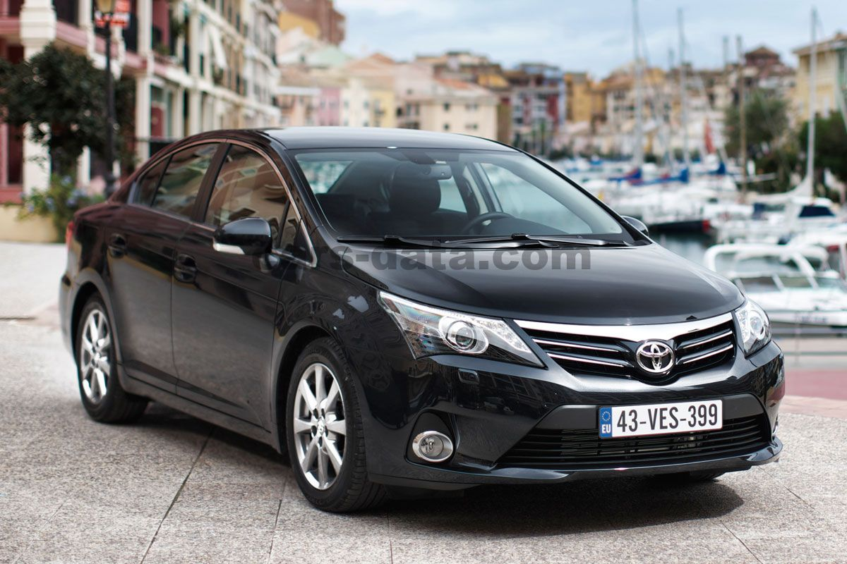 Mitsubishi Motors Latest Models >> Toyota Avensis 2012 pictures, Toyota Avensis 2012 images, (1 of 16)