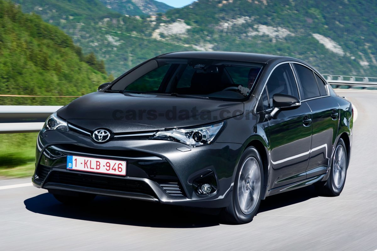 toyota avensis 2015 pictures toyota avensis 2015 images 1 of 32. Black Bedroom Furniture Sets. Home Design Ideas