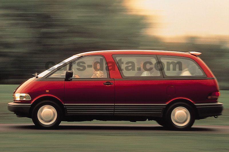Toyota Previa 1990 Pictures 3 Of 5 Cars Data Com
