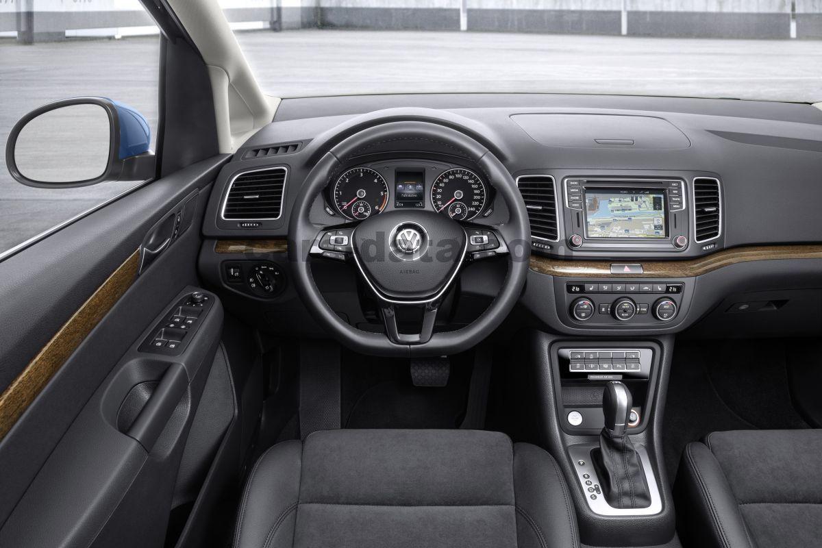 Volkswagen Sharan 2015 Pictures 14 Of 21 2016 Renault Logan Interior
