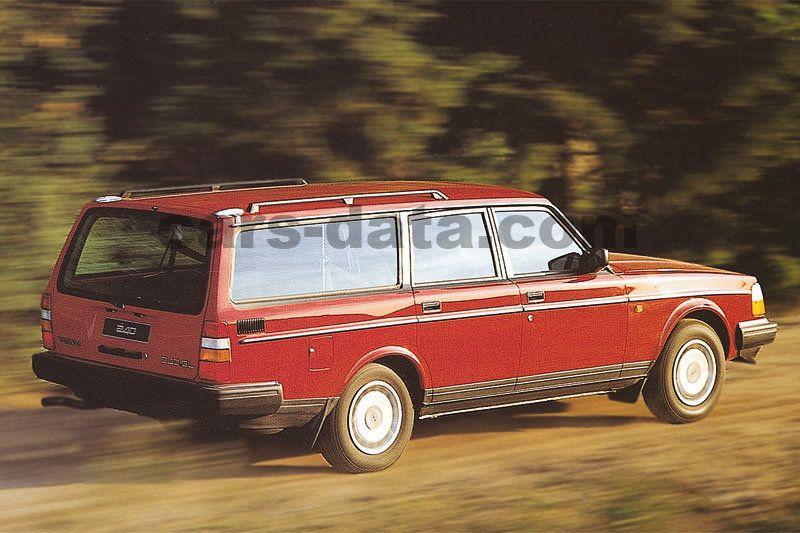 Volvo 240 Estate 1985 pictures (3 of 9) | cars-data com