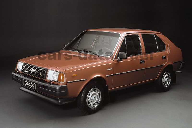 Volvo 345 Pictures