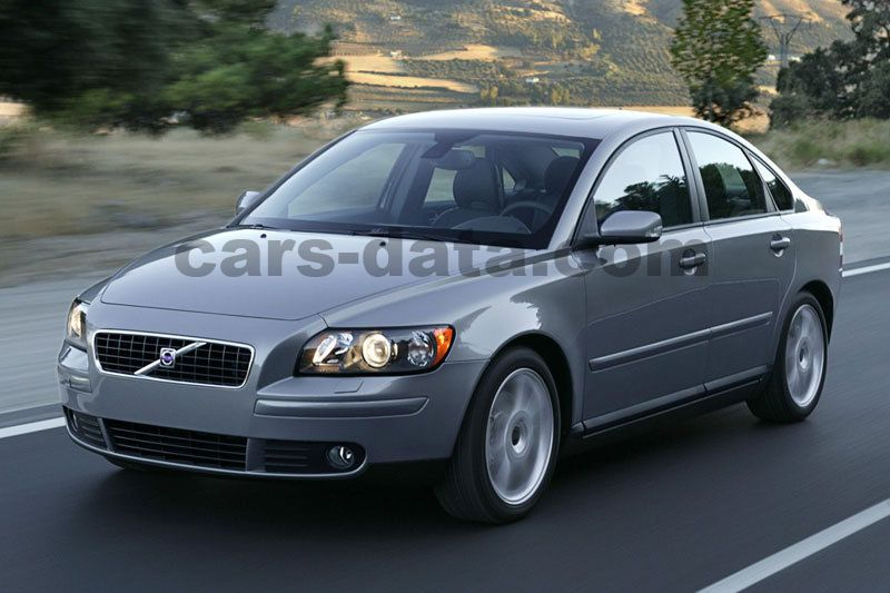 Volvo S40 2 4i Exclusive Manual 4 Door Specs Cars Data Com