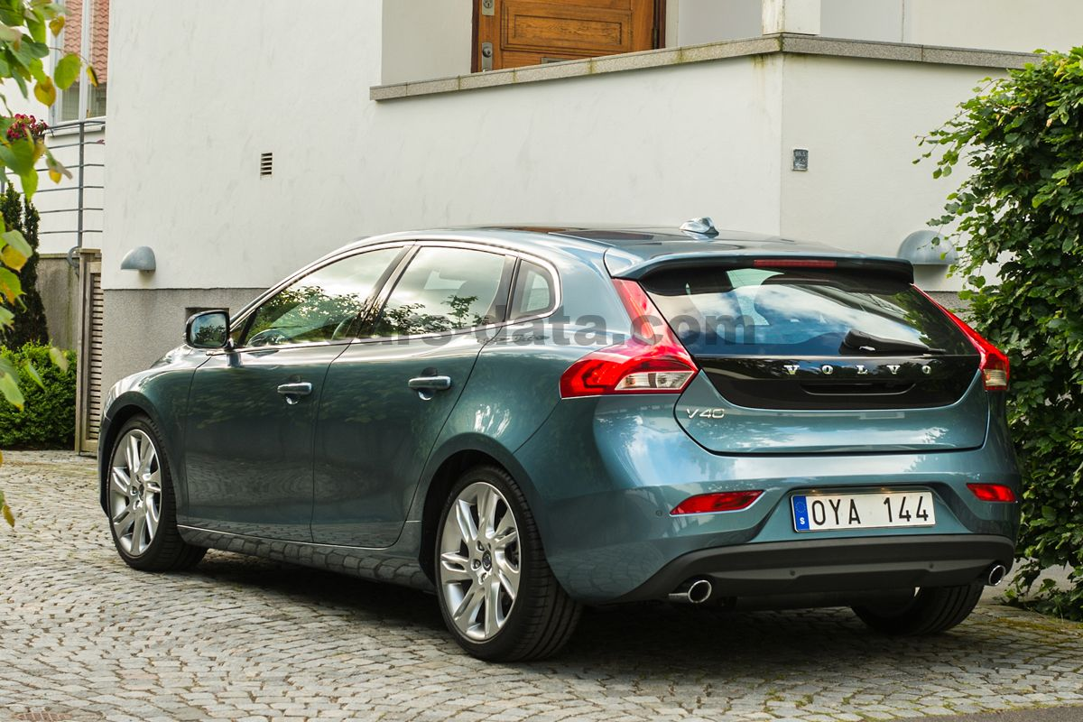 pin volvo v40 picture 71 of 186 my 2013 size 1600x1200 on pinterest. Black Bedroom Furniture Sets. Home Design Ideas