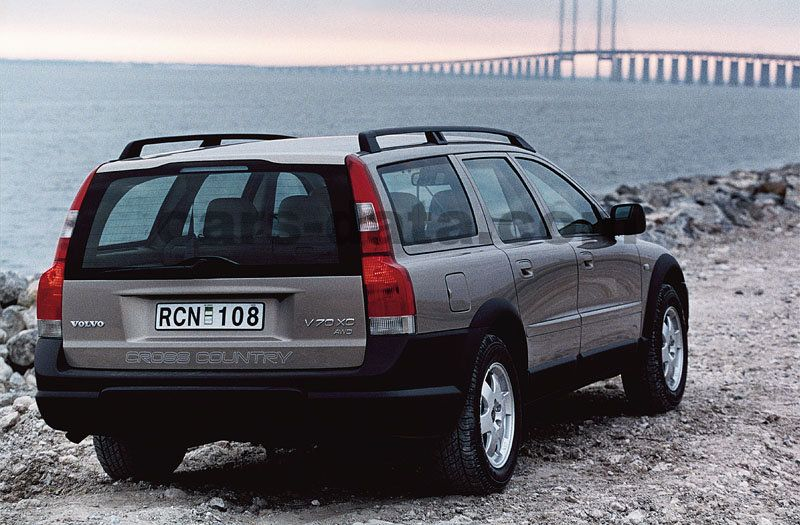 volvo v70 cross country 2000 pictures 3 of 4 cars. Black Bedroom Furniture Sets. Home Design Ideas
